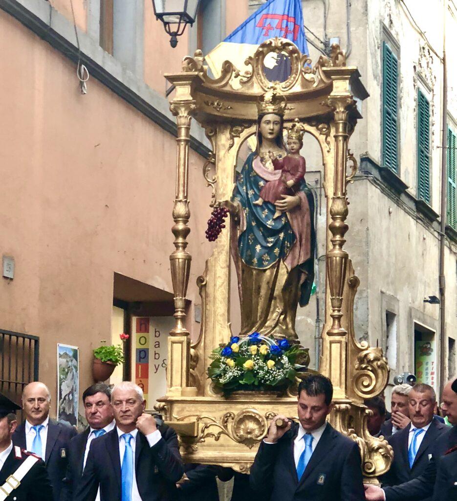 Parading the Madonna della Fiori