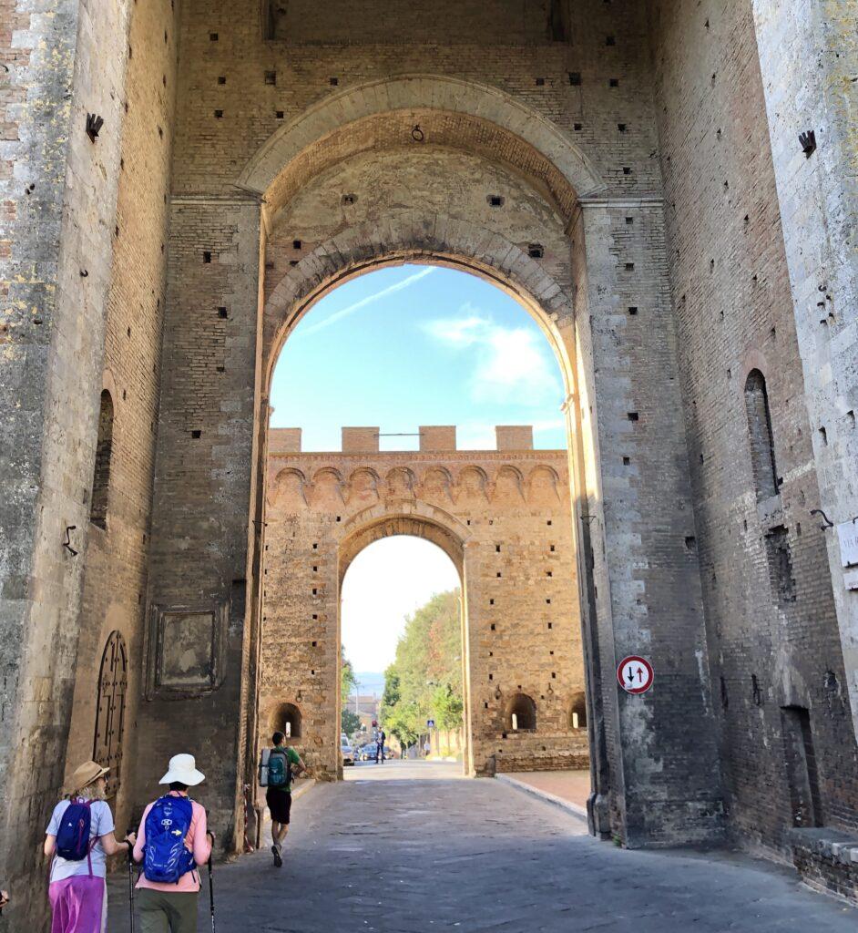 Via Francigena Porta Romana